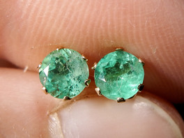 Emeralds: the mint green birthstone for May