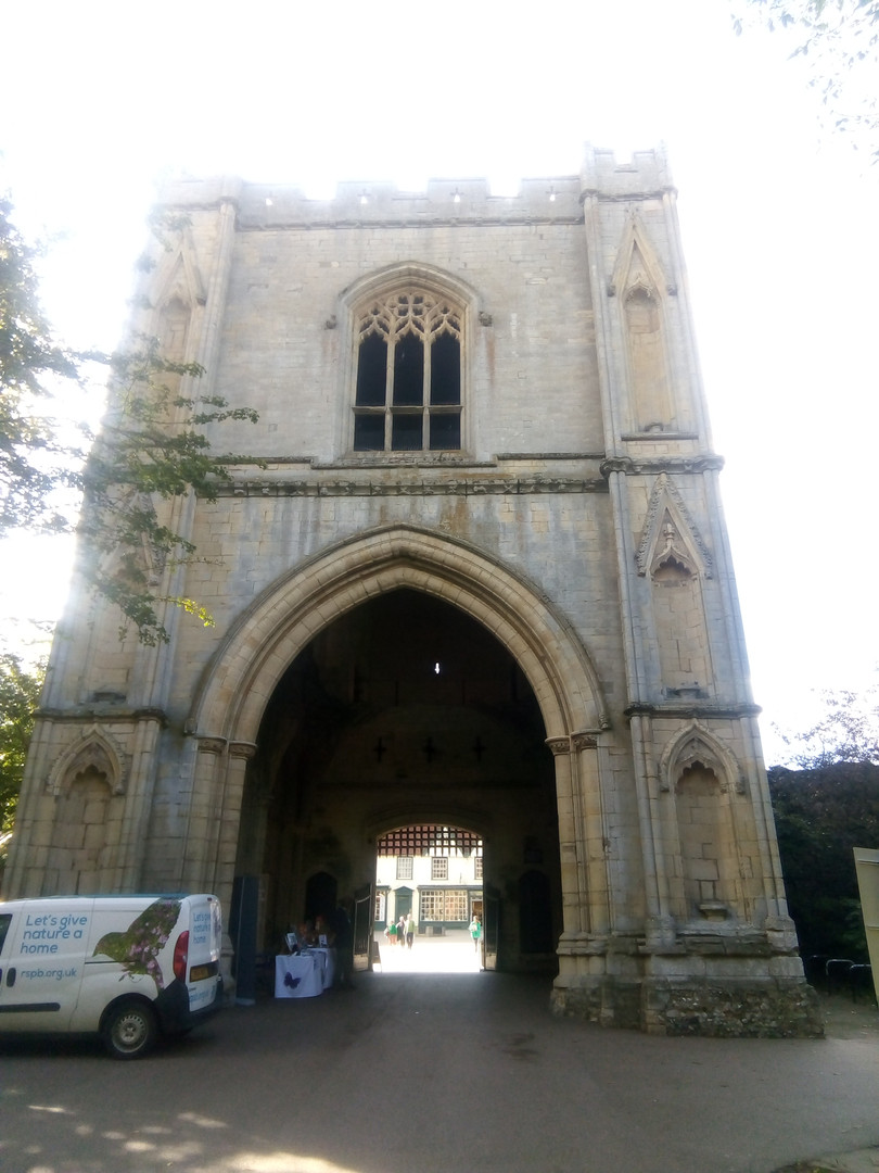 Entrance to Cathedral Gardens