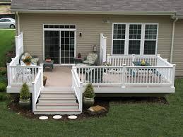adhogg_builder_deck_patio-vinyl-9