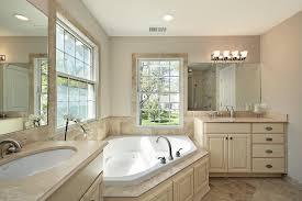 adhogg_builder_home_additions_midrange_bathroom-10