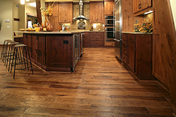 adhogg_builder_hardwood_floor_refinishing-3