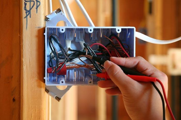adhogg_builder_electrical-1