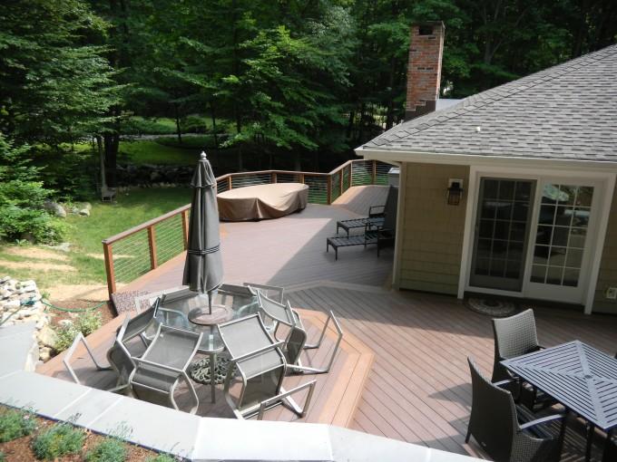 adhogg_builder_deck_patio-vinyl-10