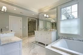adhogg_builder_home_additions_midrange_bathroom-11