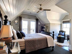 adhogg_builder_home_additions_attic_bedroom-4