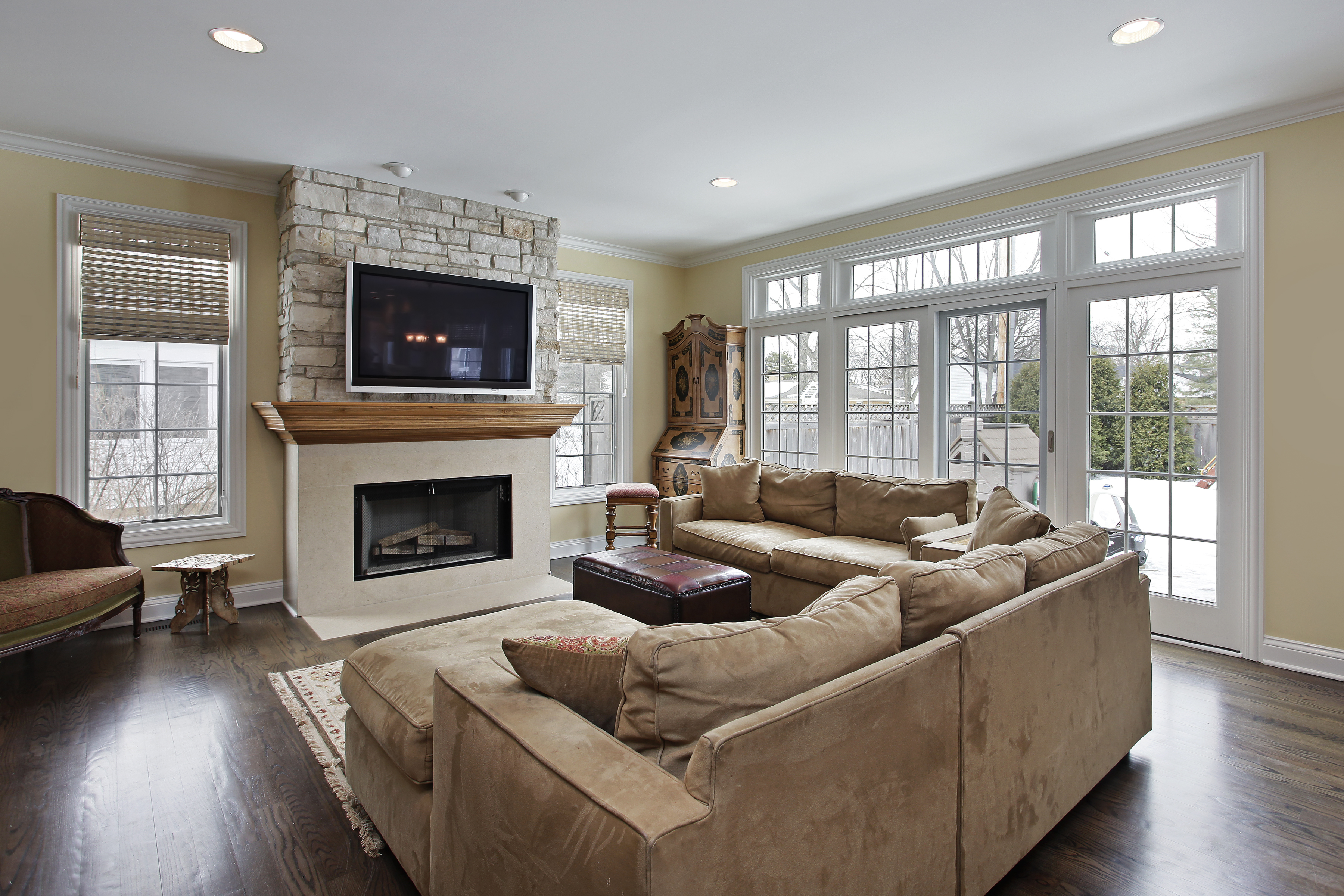 adhogg_builder_home_additions_family_room-7