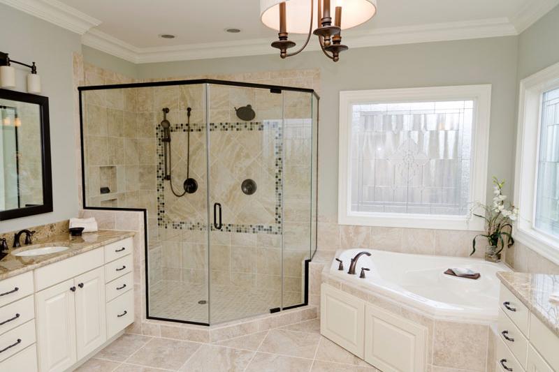 adhogg_builder_home_additions_midrange_bathroom-4