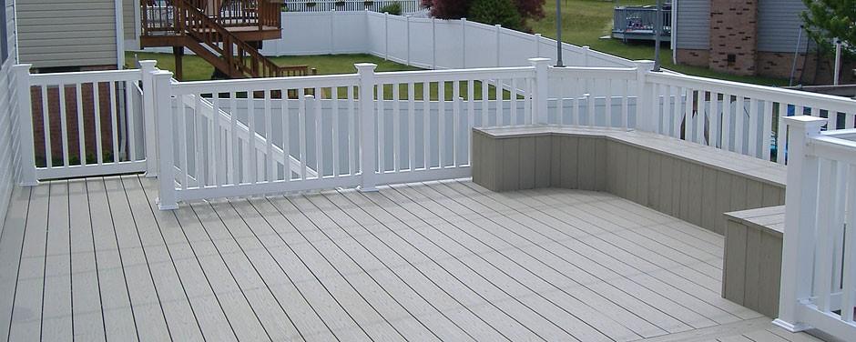 adhogg_builder_deck_patio-vinyl-7