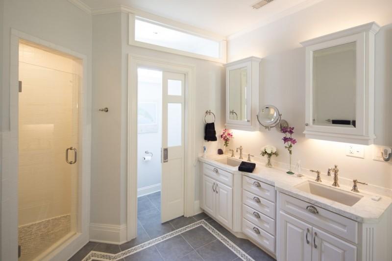 adhogg_builder_home_additions_midrange_bathroom-2