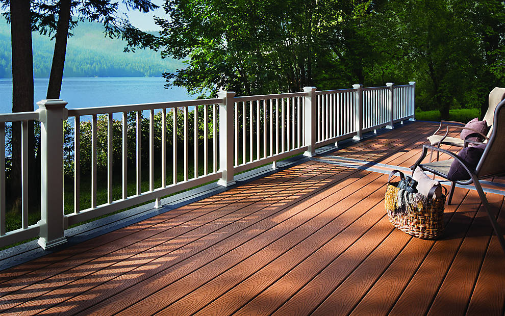 adhogg_builder_deck_patio-composite-13