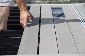 adhogg_builder_deck_patio-aluminum-1