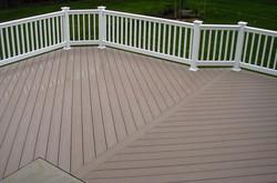 adhogg_builder_deck_patio-vinyl-5