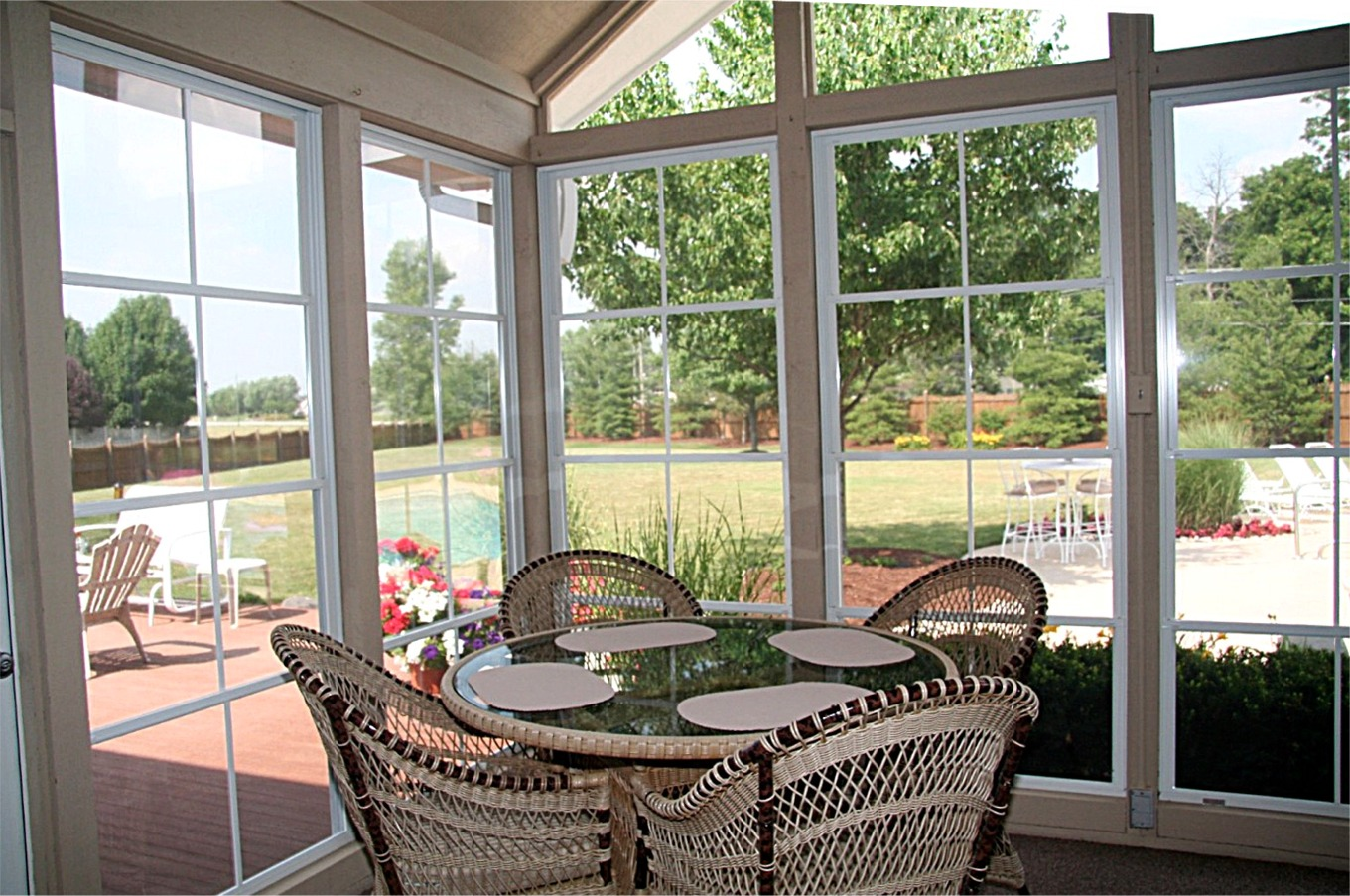 adhogg_builder_home_additions_sunroom-10