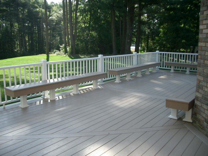 adhogg_builder_deck_patio-vinyl-11