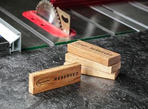 Производство деревянных табличек