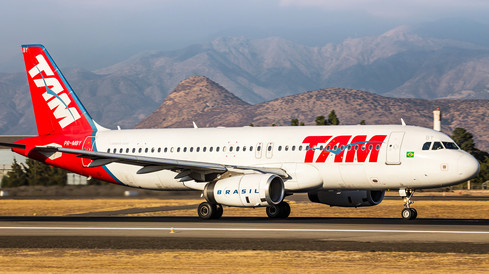 TAM   Airbus A320-200