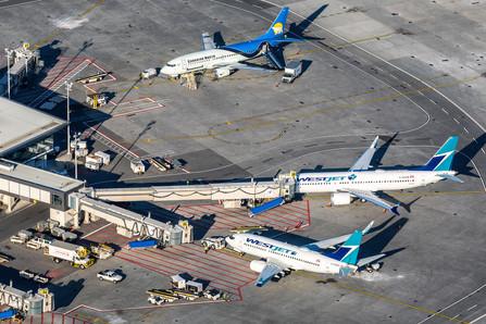 Westjet | Boeing 737-700