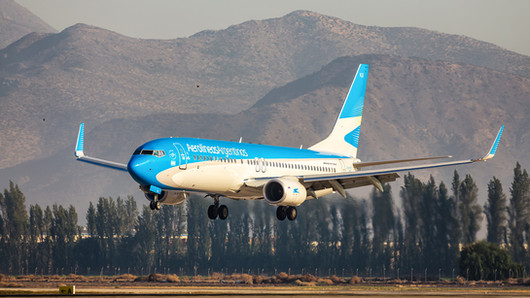 Aerolinas Argentinas   Boeing 737-800