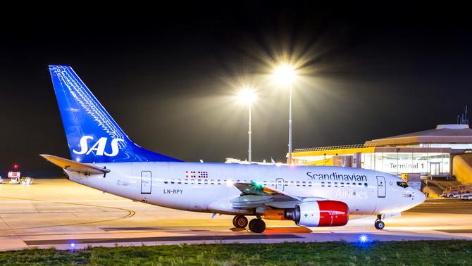 SAS - Scandinavian Airlines System   Boeing 737-600
