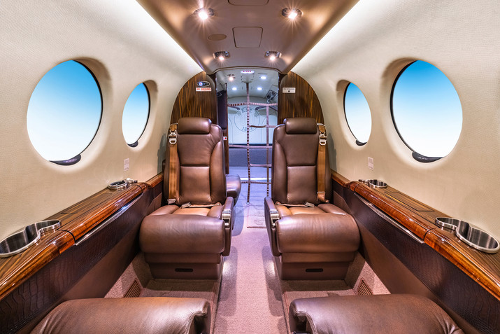 Beechcraft B300 Super King Air 350
