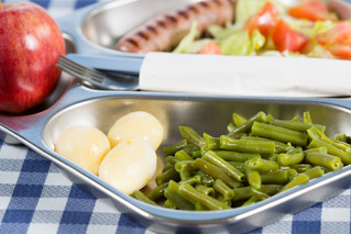Packing an Irresistible School Lunch