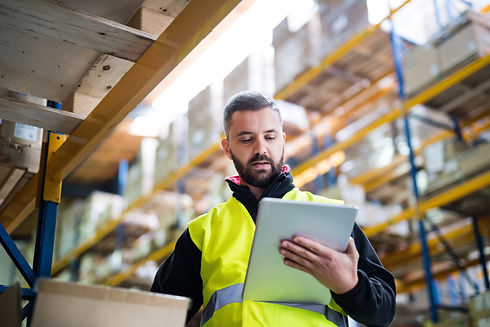 male-warehouse-worker-with-tablet-PT8KB8