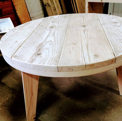 Round scaff table
