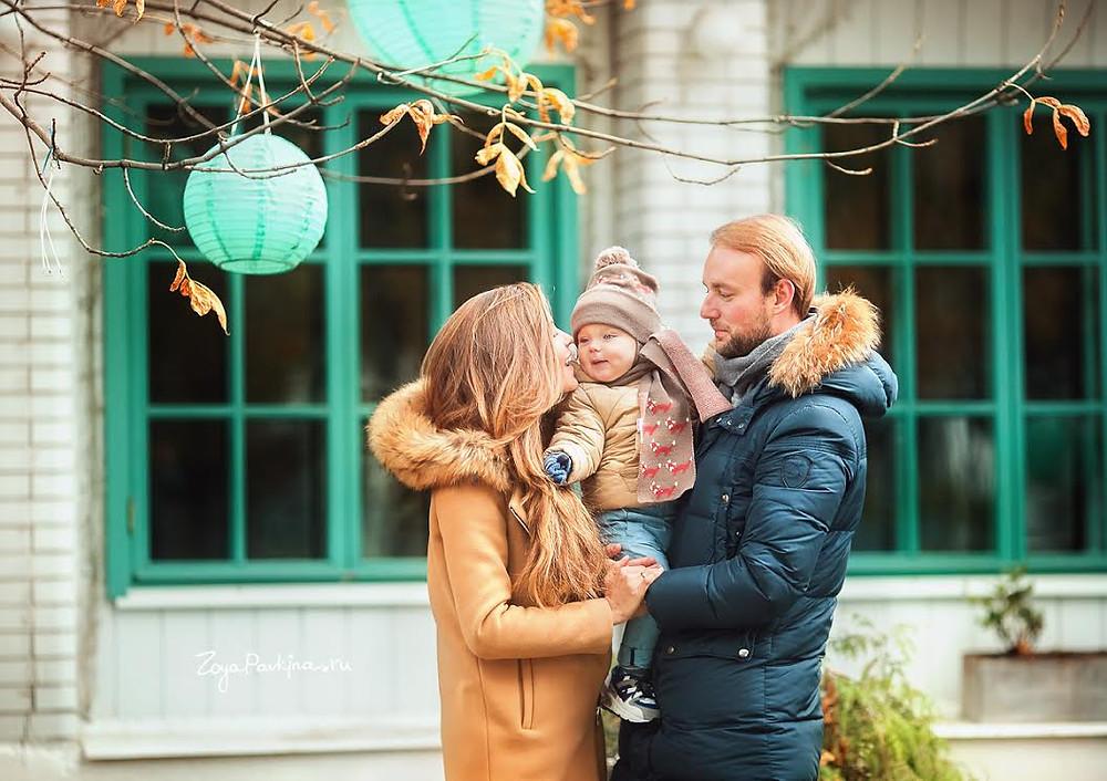 """Семейная фотосессия в саду """"Эрмитаж""""."""