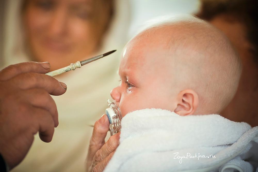 Миропомазание на крещение младенца