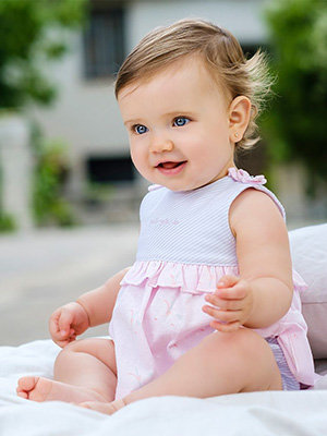 Бебешки и детски дрехи (0-6 години)