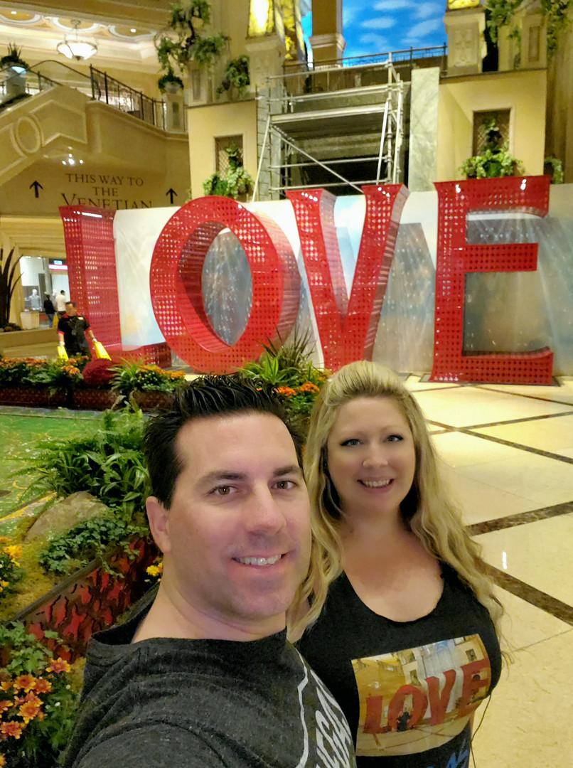 Vegas Palazzo Love Vegas Couple Selfie.j