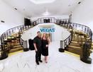 Mansion 54 Las Vegas Staircase Selfie.jp