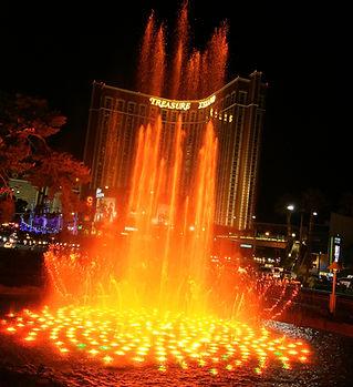04 Vegas Best Free Parking Treasure Isla
