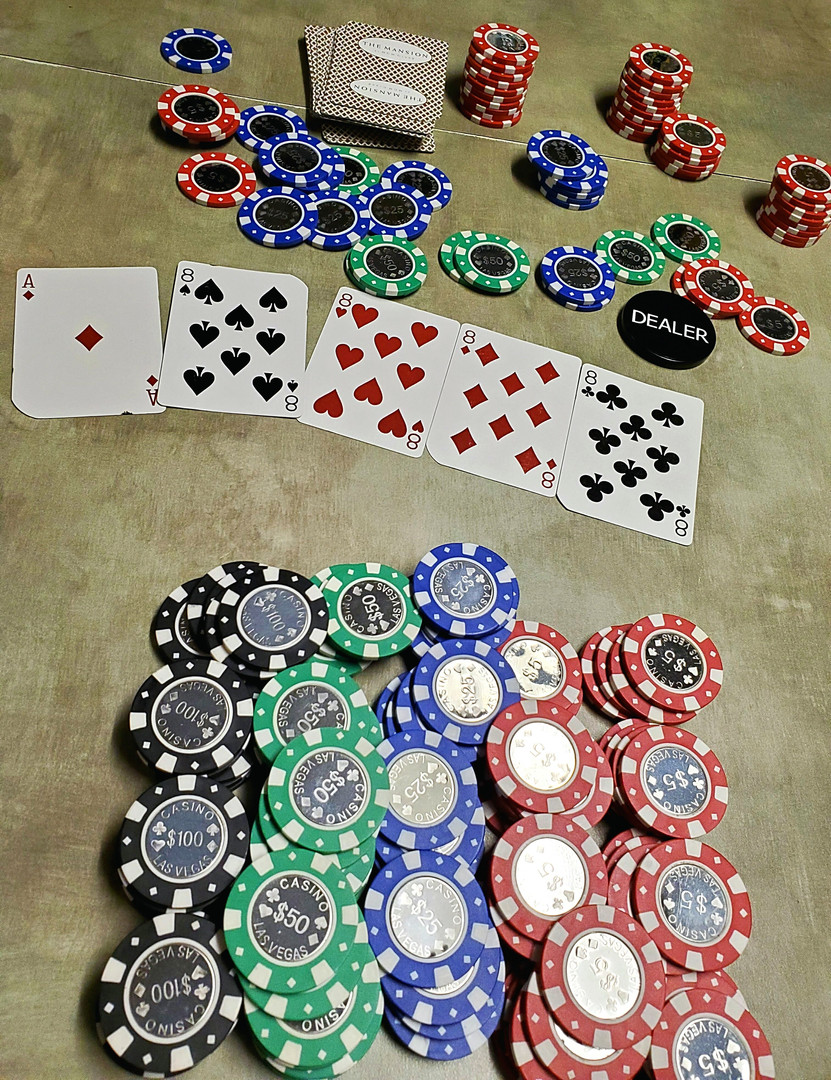 Vegas Casino Style Poker Chips Spinettis
