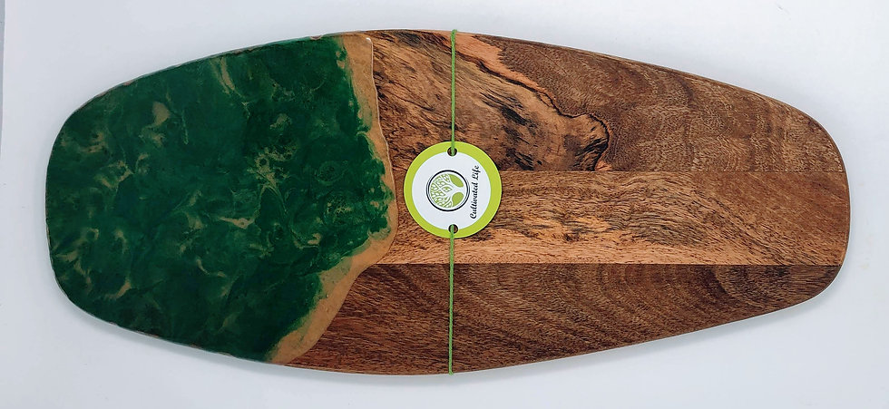 Christmas Green and Gold: Wood and Resin Cheeseboard
