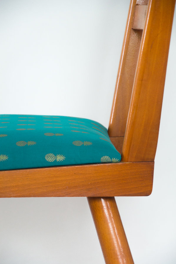 chaise vintage motif ananas