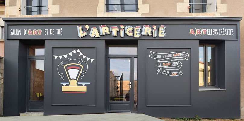 Habillage façade de magasin Angouleme