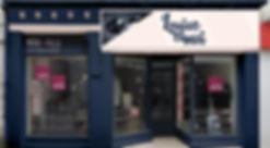 Façade boutique de vêtements pour femmes