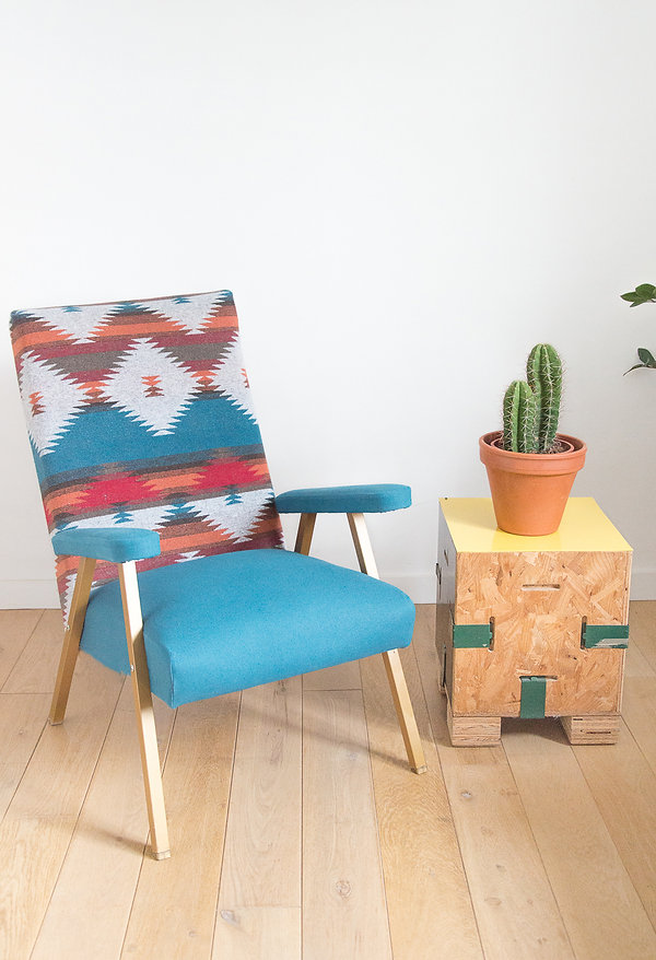 Fauteuil tissu imprimé aztèque