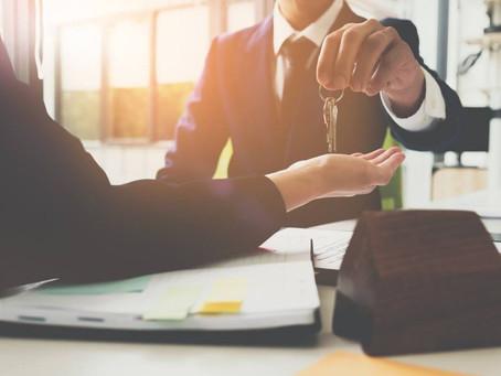 L'incompatibilità dell'agente immobiliare con l'attività di mediazione finanziaria.