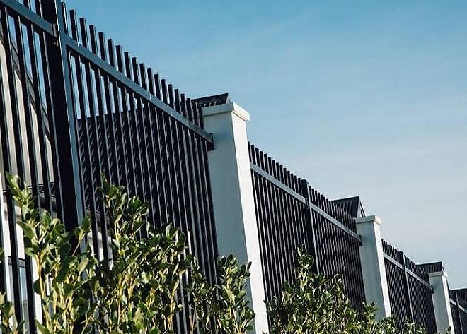 aluminium fence boundary.jpg