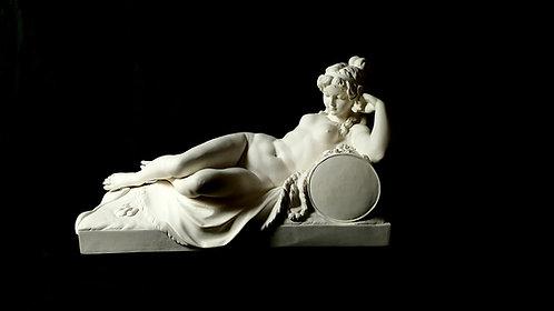 Pendule : Femme couchée | Clodion | Collection du prince Napoléon | Bruxelles