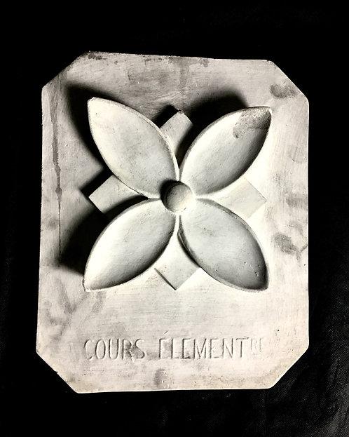 Quatre feuilles stylisées