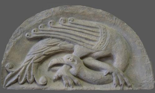 Oiseau chimérique se mordant la patte | XIIe siècle | Poitiers