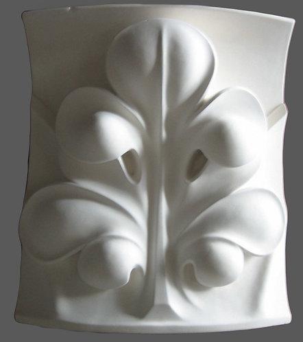 Feuille gothique sur fond concave