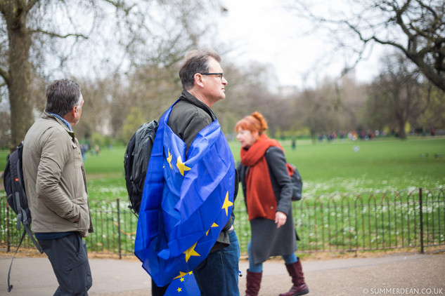 Brexit march: '1 million' People march to demand a #PeoplesVote
