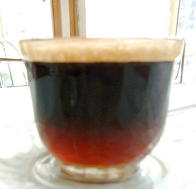 スピルス(下が紅茶、上がコーヒー)