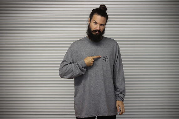 Symetrics Ride Flat Longsleeve Grey or Black
