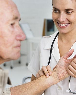 Vezmeme-li puls staršího pacienta