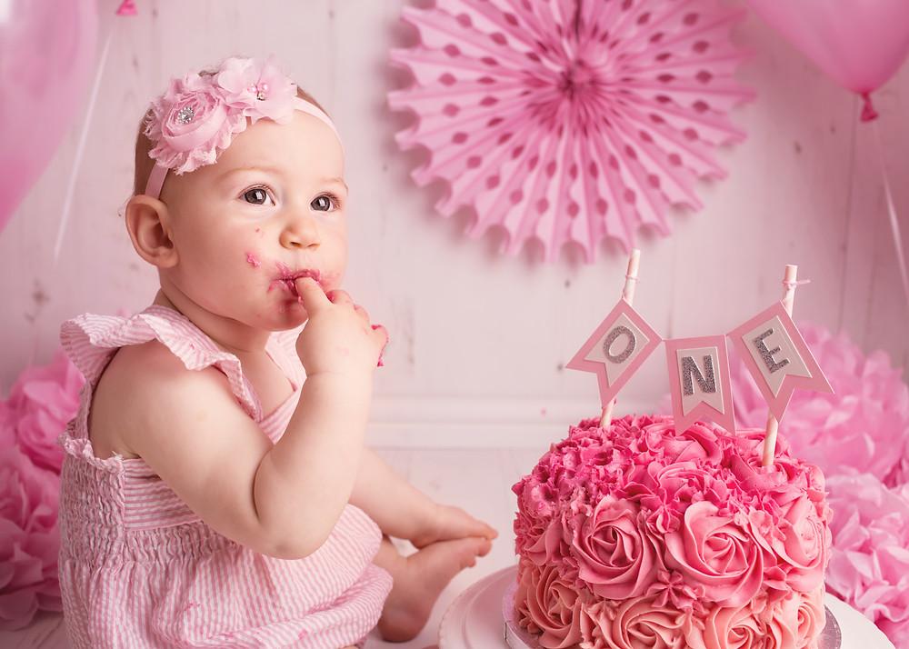 Mmmmmmmmmm, this cake is yummy Mummy!